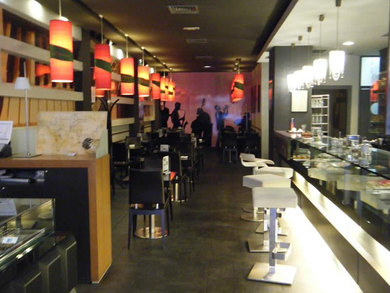 Interior de la pastelería Alvaro Artesanos en Zamora